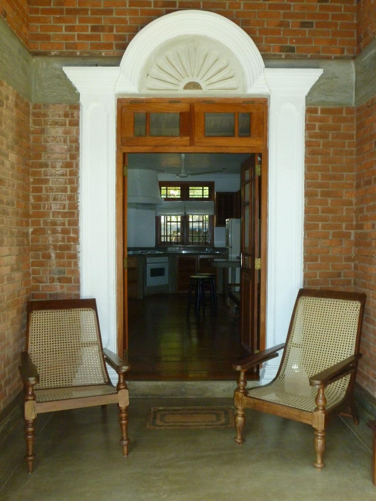 villa-araliya-suite-entrance
