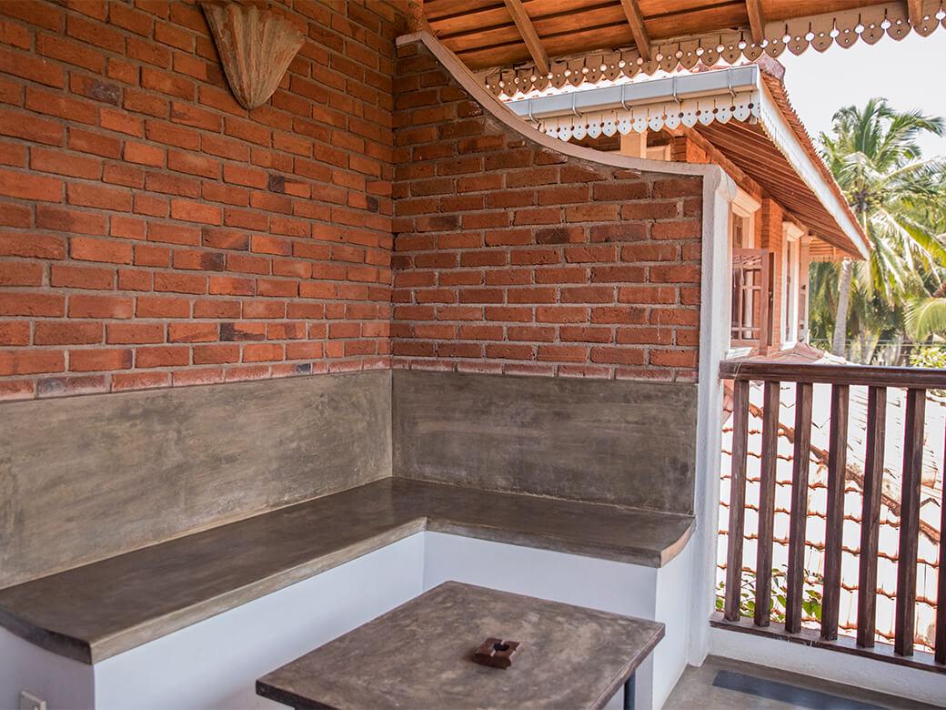 villa-araliya-suits-balcony-area