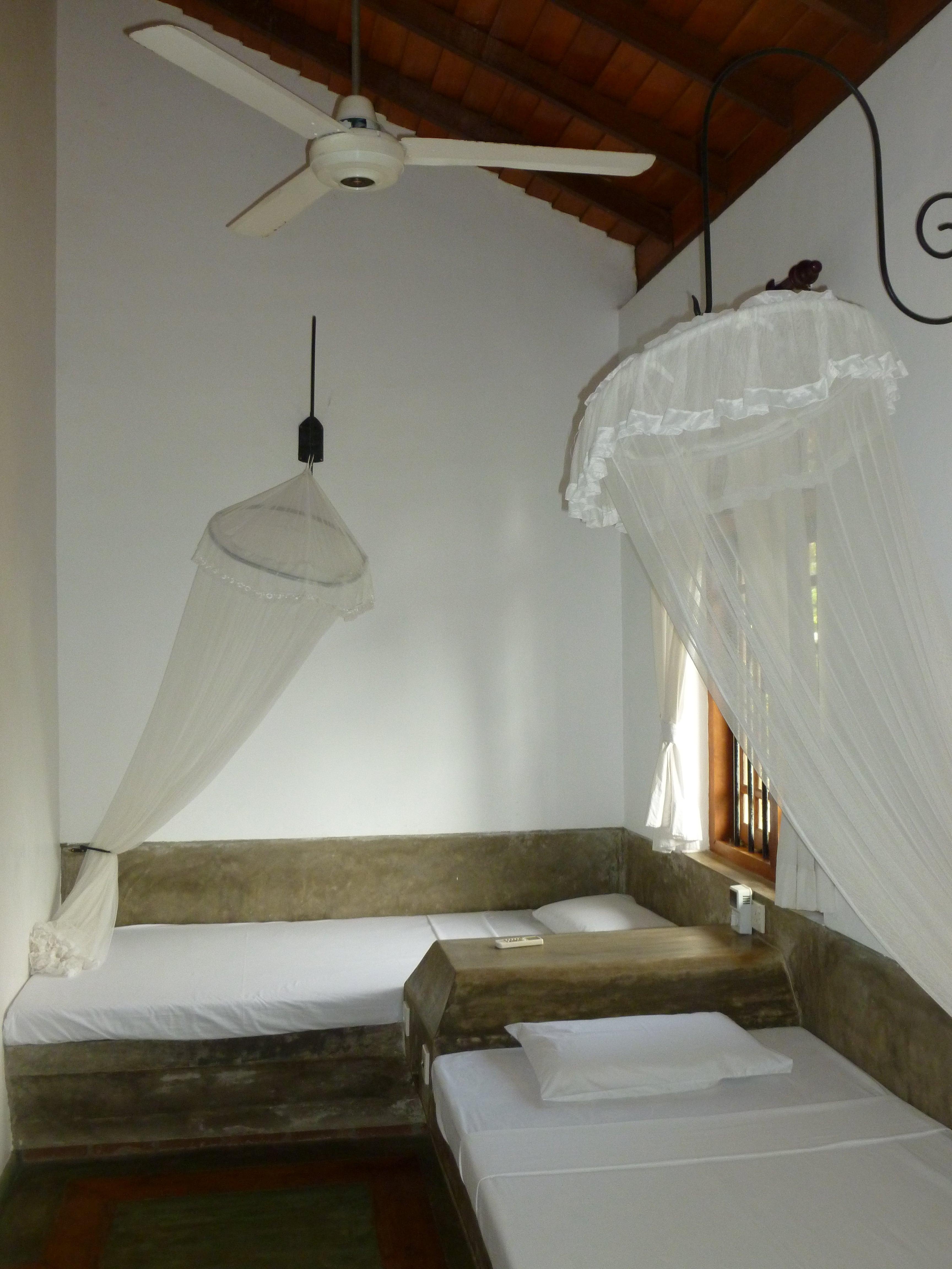 villaaraliya-apartment-beds